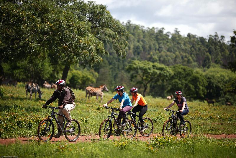 atuu travel duurzaam reizen mountainbike safari fiets kano bootsafari wandelsafari paardrijden Afrika rondreis maatwerk
